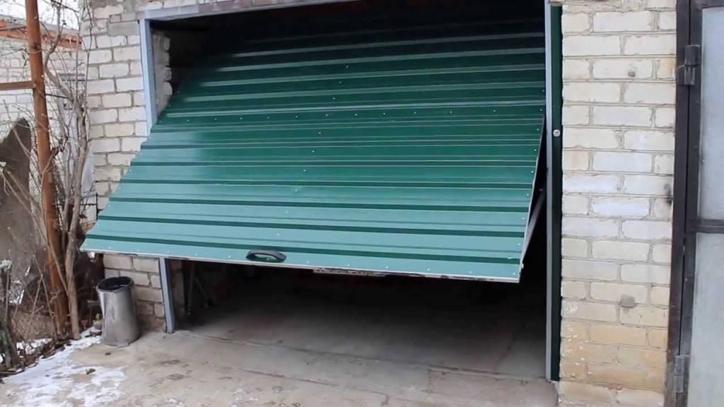 Ворота для гаража открываются вверх своими руками 46