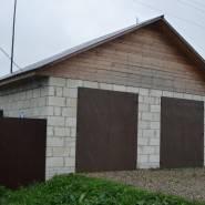 Гараж стены которого возведены из блоков