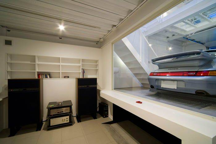 Некоторые владельцы создают просто шедевры из своих гаражей