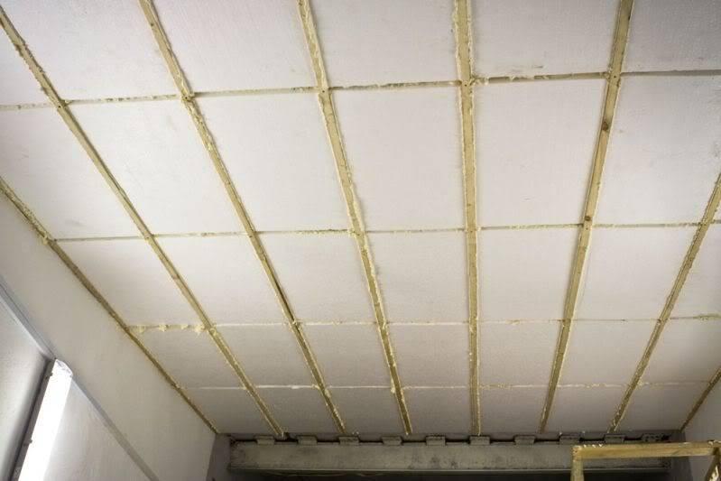 Чем утеплить потолок своими руками